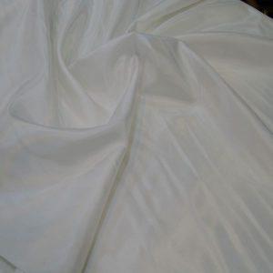 ipek astar beyaz