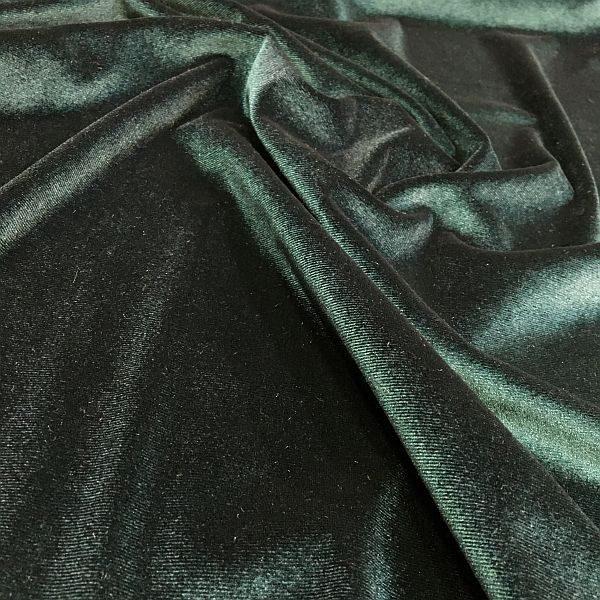 siyaha dönük yeşil kadife