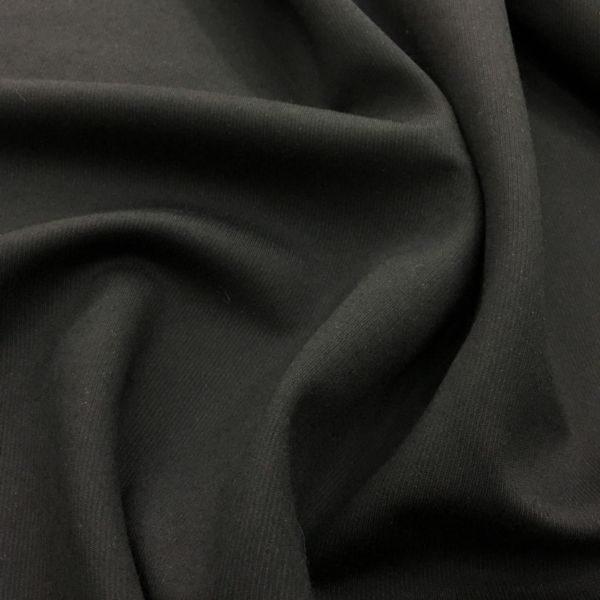 Klasik Siyah