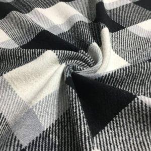 Siyah Beyaz Yünlü Ekoseli Kumaş